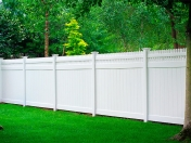 illusions-vinyl-privacy-fence-3
